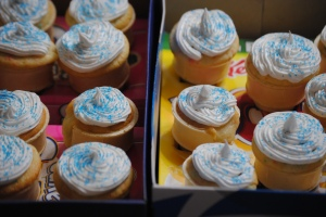 I placed the cones around the box, close enough that they gave each other support, but not rubbing frosting...well, at least I tried.