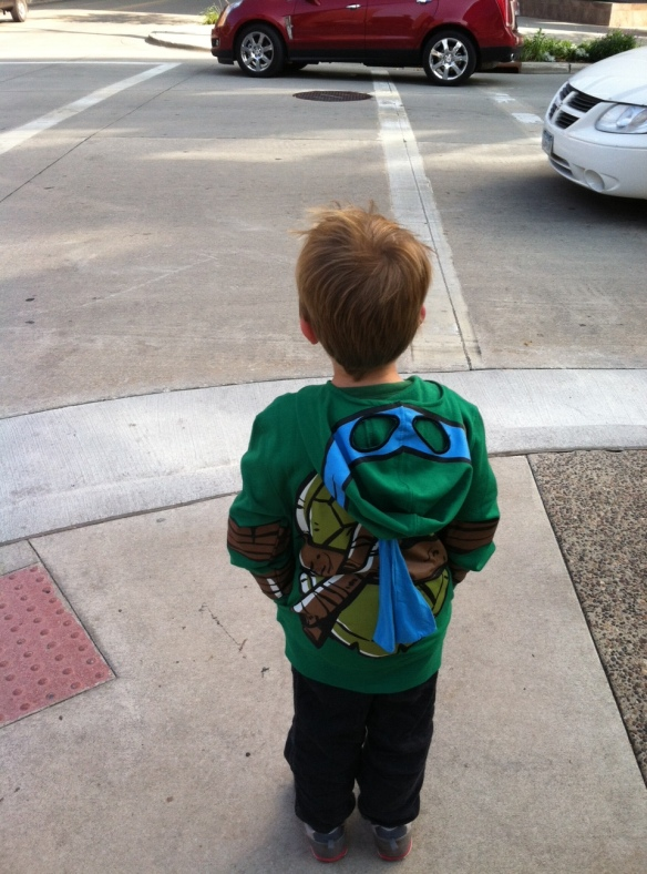On day 2 at Mayo, George wore his Ninja Turtle sweatshirt. One doctor came up to him and shook his hand, and told him it was a pleasure to meet a real super hero. George is definitely MY super hero!